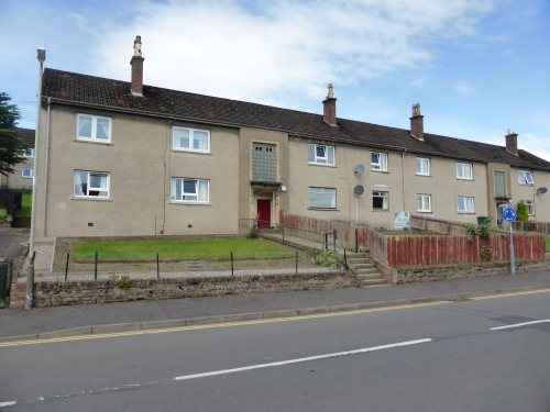 A lovely spacious ground floor flat located in the popular area of Craigie. Comprising large bright lounge, kitchen, 2 double bedrooms and a family bathroom.